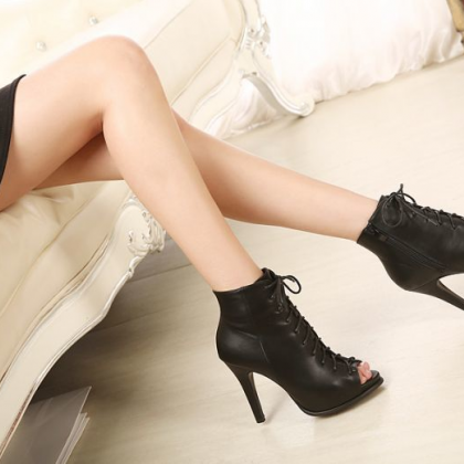 Black Lace Up High Heel Peep Toe Bo..
