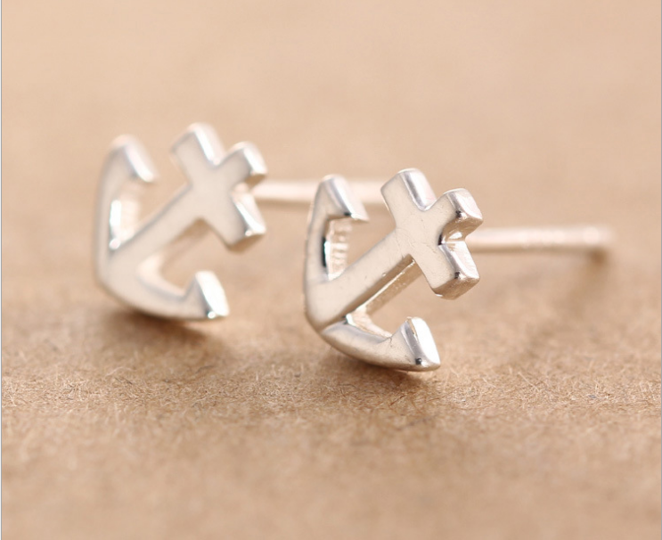 925 Sterling Silver Earrings Sterling Silver earrings are female smooth anchor