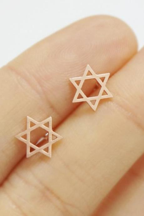 Star Stud Earrings in Gold, Silver or Rose Gold, Jewelry