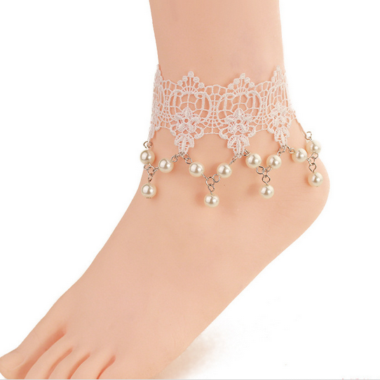 A white lace Anklet foot with pearl decorated feet female jewelry